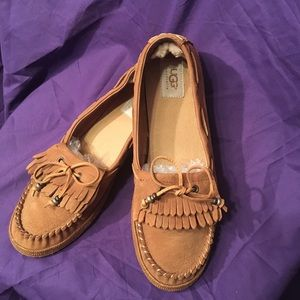 UGGs tan slip on loafers with double tassel w/ties